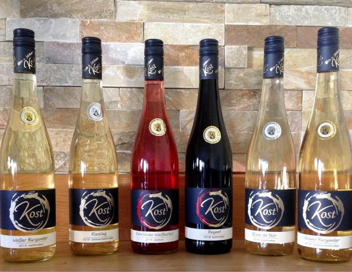 6er Probierpaket prämierte Rot-, Rosé- u. Weißweine -halbtrocken- 6 Fl. x 0,75l